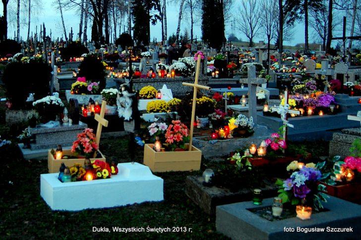 Cmentarze w regionie w dniu Wszystkich Świętych