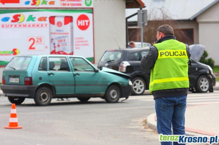 Zderzenia Fiata i Toyoty na skrzyżowaniu...